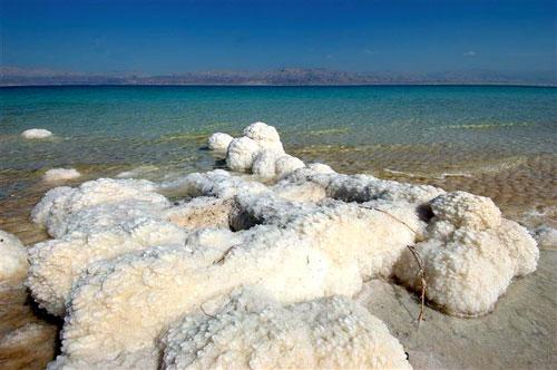 Le sel transforme tout en oeuvre d'art. Les artistes se pressent pour créer