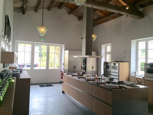 L'immense cuisine des Jardins du Clos