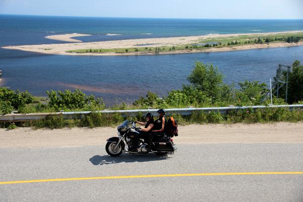 Le Québec maritime à moto