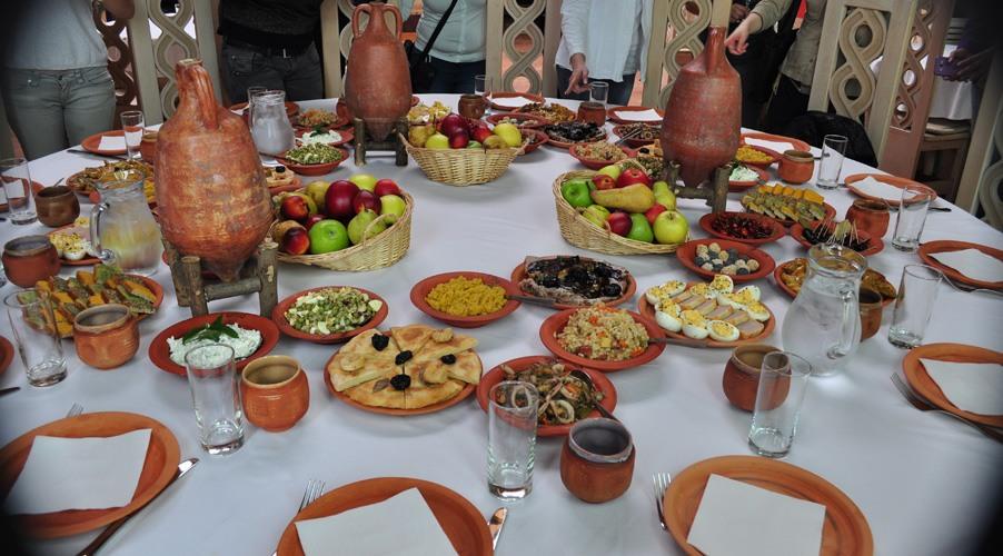 Le déjeuner romain à Viminacium ©Judith Lossmann