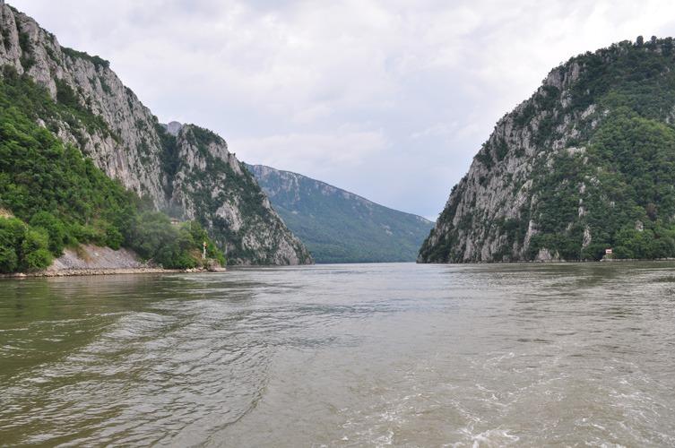 Croisière sur le Danube au niveau des Portes de Fer. ©Judith Lossmann