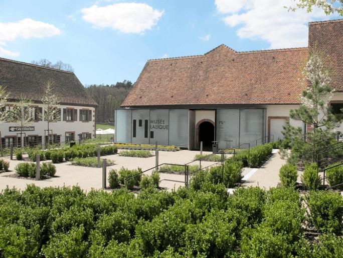 Musée Lalique : « Prisme. Quand le cristal Lalique rencontre l'art contemporain »