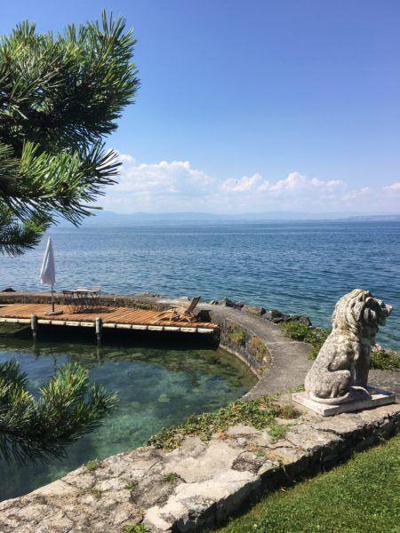 Lac Léman, jardin Pré Curieux, bateau électrique, lacs de Savoie