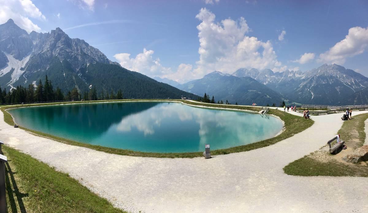 Plénitude en vallée de Stubai dans le Tyrol autrichien